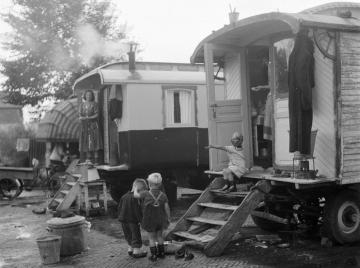 woonwagens_halfweg_1954